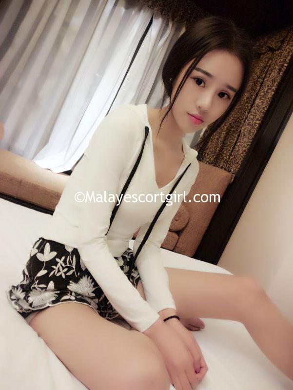 Sexy white mini skirt