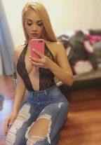 Sexy Nikki Muscat