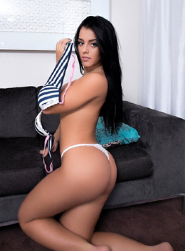 DAYANA VIP - one of the best escort girls in Turquie