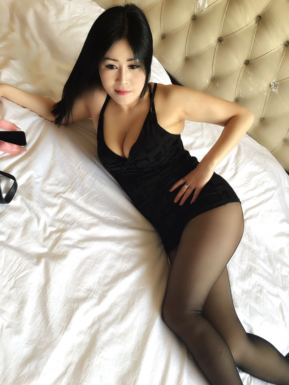 Hot Nude Photos Mature upskirt images