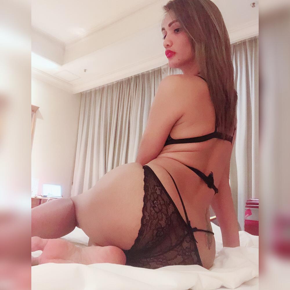 Combattante En Rut Virgin Pussy India