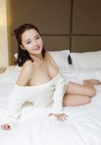 Deluxe Petite Escort Apple Amazing Time Together Hong Kong