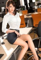 Flirtatious Asian Escort Girl Ready To Meet You Dubai