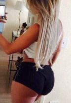 Naughty Transsexual Escort Chelsea Make Your Fantasy Come True Dubai