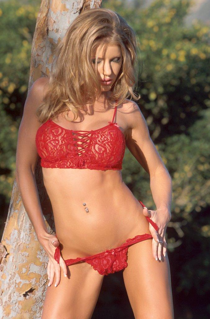 Amber michaels bikini — pic 2
