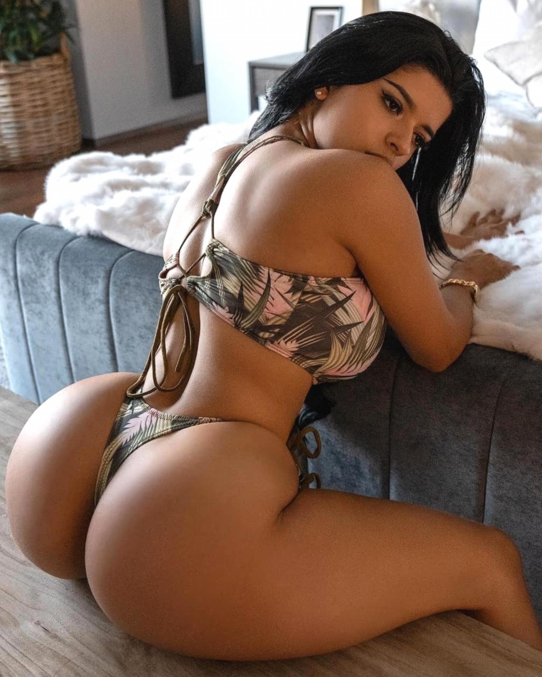 Black girl naked getting fucked