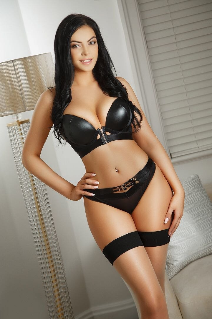 Spectacular Escorts Offer Physical Top Escort Service Superb Personalities