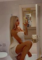 Blonde Cute Escort Aleesa Book Appointment Now Istanbul